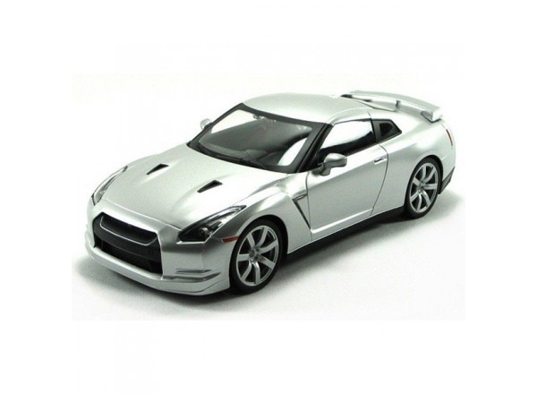 Nissan GT-R R35 1:14 - радиоуправляемый автомобиль MJX Nissan GT-R R35